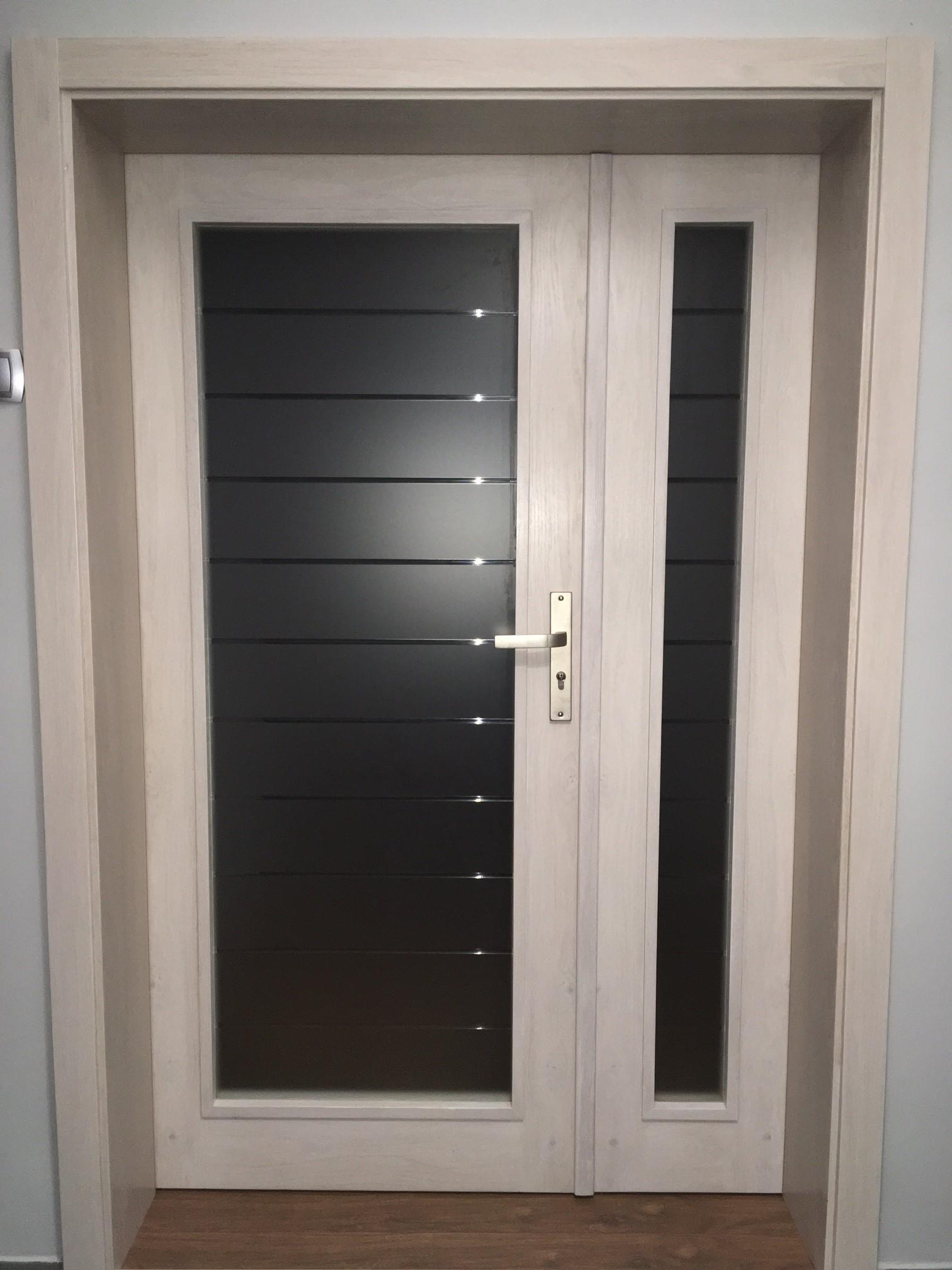 Wiele zalet drewnianych drzwi