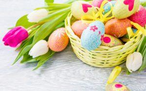 Wesołych Świąt Wielkanocnych życzy Wood Story